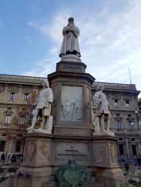DaVinci gazing across Milan