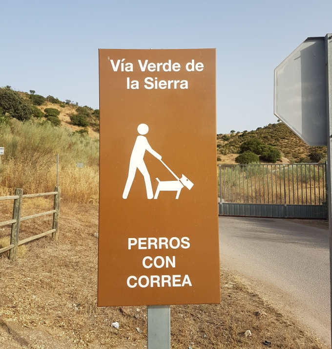 Leashed dogs allowed on the Via Verde.jpg