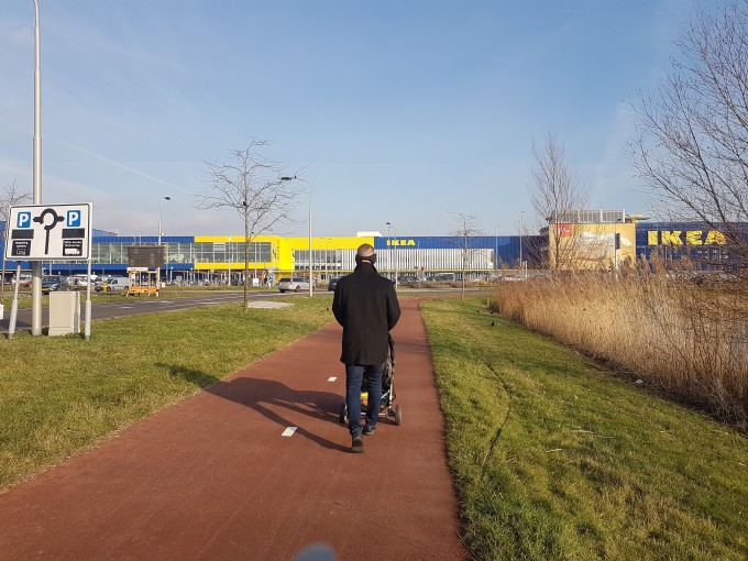 Walking to our Delft Hotel